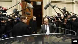 El candidato por el partido Socialista francés, Francois Hollande, en París, el lunes 23 de abril.