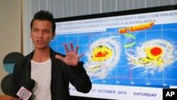 Một cuộc họp báo về bão Koppu tại thành phố Quezon, phía đông bắc của Manila, 17/10/2015.