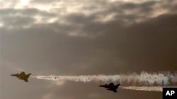 Fransa Ortadoğu ülkelerine özellikle Rafale savaş uçaklarından satıyor.