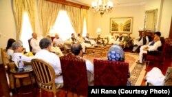 حزب اختلاف کی جماعتوں کے اجلاس کا ایک منظر، 30 جولائی 2018