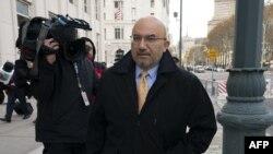 """El abogado de Joaquín """"El Chapo"""" Guzmán, Eduardo Balarezo, en el juzgado federal de Brooklyn."""