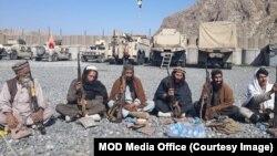 چند روز قبل ننگرہار میں داعش کے جنگجوؤں نے ہتھیار ڈال دیے تھے۔