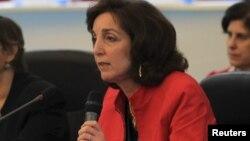 La secretaria de estado adjunta para el Hemisferio Occidental, Roberta Jacobson, testificó en el Congreso.