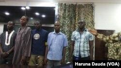 Wasu cikin 'yan Boko Haram da suka mika kansu da kansu