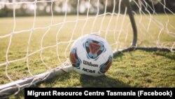 Pusat Informasi Migran Tasmania menggelar program beasiswa sepak bola Remaja Multibudaya Tasmania tahun 2020. (Photo: Facebook/Migrant Resource Centre Tasmania)