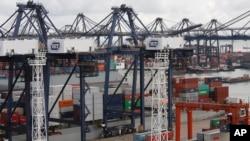 资料照:香港和记国际集装箱港口(2013年8月7日)