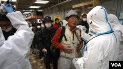 Cerca de 150 personas han sido examinadas sobre su nivel de radiación en las proximidades de Daiichi.