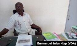 Vincent de Paul Lele, de l'Édition Clé à Yaoundé, le 15 décembre 2017. (VOA/Emmanuel Jules Ntap)