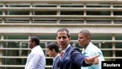 """En una entrevista con nuestra afiliada argentina Todo noticias el presidente encargado de Venezuela Juan Guaido """"el venezolano no vive, sobrevive. Hoy Venezuela no solo quiere cambio, necesita. Y por eso estamos trabajando"""""""