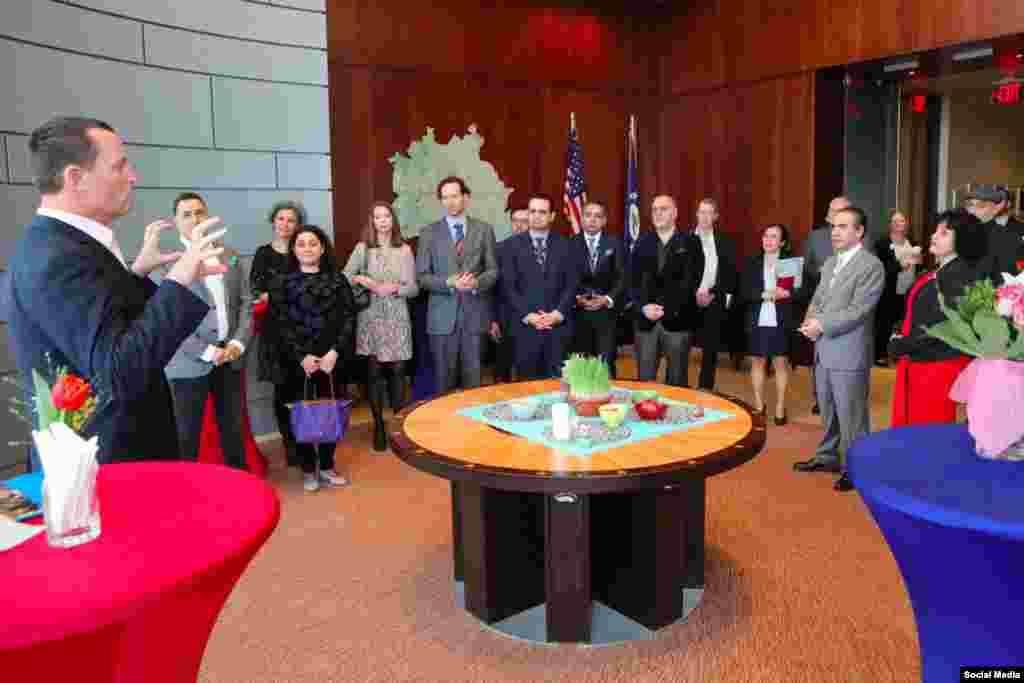 سفره هفت سین و گرامیداشت نوروز در سفارت آمریکا در آلمان