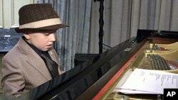 """""""Време е за љубов"""" – најнов албум на трубачот Артуро Сандовал"""