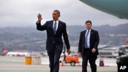 Tổng thống Barack Obama tại sân bay Quốc tế San Francisco.