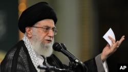Hoggaamiyaha sare ee Iran Ayatollah Ali Khamenei.