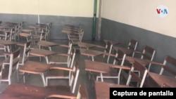 Un salón de clases vacío en Caracas. Mayo, 2021. Foto: Captura de Pantalla.