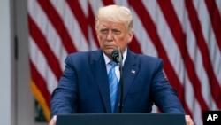 پرزیدنت ترامپ در جریان کنفرانس خبری روز دوشنبه در کاخ سفید