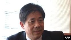 冯正虎2月8日与记者见面