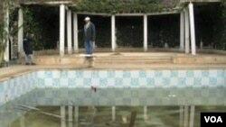 Unutrašnjost opljačkane vile Belhassena Trabelsia, zeta svrgnutog predsjednika Tunisa Ben Alia