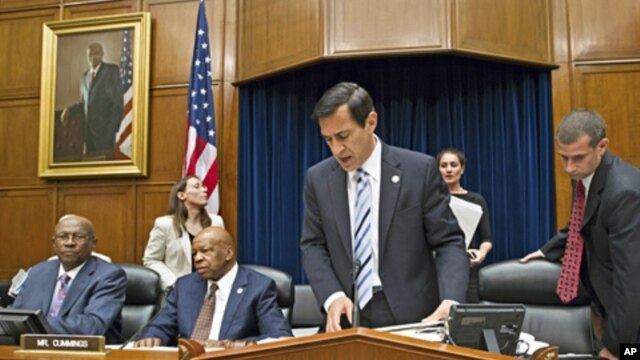 Chairman Darrell Issa, adjourns a meeting of the House Oversight and Government Reform Committee, after a committee vote to hold Attorney General Eric Holder in contempt of Congress, on Capitol Hill, June 20, 2012 (AP).