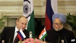 Ruski predsednik Vladimir Putin i indijski premijer Manmohan Sing