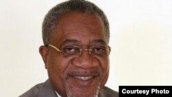 Vicente Pena Pitra Yoba Presidente Frente Consensual de Cabinda