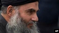 Giáo sĩ cực đoan Abu Qatada đã bị trục xuất về Jordan.