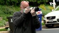 Як професійний фотограф намагається розрадити старшокласників. Відео