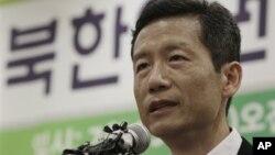 중국에서 구금됐다 석방된 후 지난 25일 서울에서 기자회견을 가진 북한인권운동가 김영환 씨.