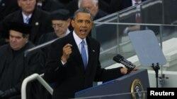 Tổng thống Obama phát biểu trong buổi lễ tuyên thệ nhậm chức tại trụ sở Quốc hội, ngày 21/1/13.