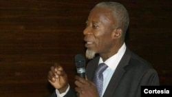 Arão Tempo, advogado e ativista dos direitos humanos