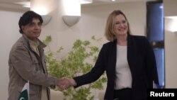 پاکستان کے وزیر داخلہ چوہدری نثار کی برطانوی ہم منصب امبررڈ سے ملاقات