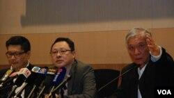 佔中三位發起人(左起)陳健民、戴耀廷、朱耀明在記者會上否認佔中商討日三投票結果被騎劫
