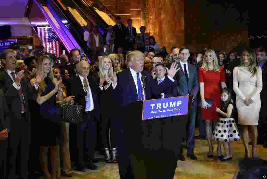 دونالد ترامپ بعد از پیروزی در انتخاباتی مقدماتی نیویورک در جمع هوادارانش.