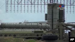 Российский зенитно-ракетный комплекс С-400