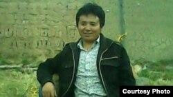 Gudrup, penyair dan blogger Tibet berusia 43 tahun tewas setelah melakukan aksi bakar diri untuk memprotes penindasan Tiongkok di Tibet (foto: dok).