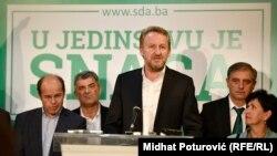 Izetbegović: Nikolić da razmisli o dolasku