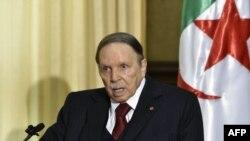 Le président algérien Abdelaziz Bouteflika démissionera avant le 28 avril