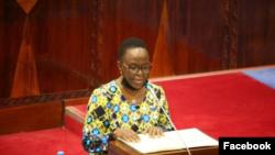 Waziri wa Mambio ya nje wa Tanzania Liberata Mulamula