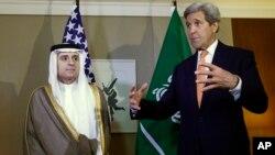 2일 존 케리 미 국무장관이 2일 스위스 제네바에서 아델 알-주베이르 사우디아라비아 외무장관과 만났다.