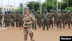 Les soldats de la Mission des Nations unies au Mali à Bamako, Mali, 1 juillet 2013.