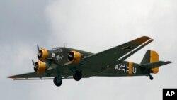 هواپیمای ۵۲