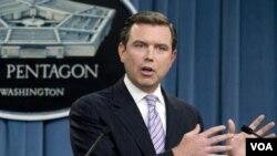 El Secretario de Prensa del Pentágono, Geoff Morrell, habla sobre la respuesta del Departamento de Estado sobre Wikileaks.