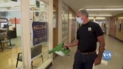 Нові заходи безпеки у школах Нью-Йорка. Відео