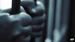 Al menos 41 mil reclusos purgan pena de cadena perpetua en Estados Unidos y 2.300 s0n menores de edad.