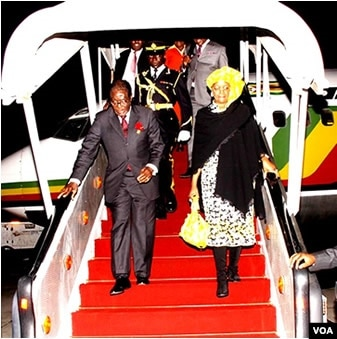 Mugabe Returns Home Puts Anxiety Over Health To Rest