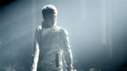 El cantante acaba de cumplir 18 años y ya ha construido un emporio en torno a su marca.