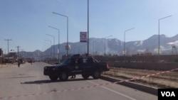 طالبان امروز همزمان دو حمله را در شرق و غرب کابل بر دو مرکز امنیتی انجام دادند