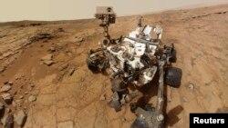 Марсоход Curiosity на Марсе. 3 февраля 2013 г.