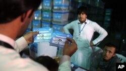 انتخابات رودرراه ولسی جرگه و شوراهای ولسوالی ۶۴ میلیون دالر هزینه بر می دارد