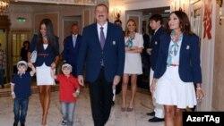 İlham Əliyev və ailəsi