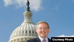 参议院外交委员会主席梅南德兹( www.menendez.senate.gov)